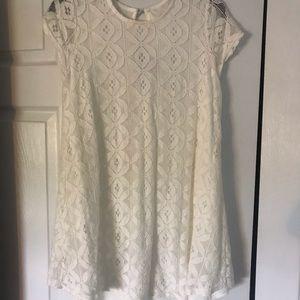 Whit knit dress